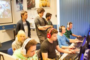 dota2 christmascup2013 area52 1314 vom 22122013