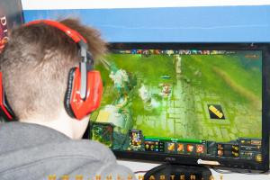 dota2 christmascup2013 area52 1421 vom 22122013